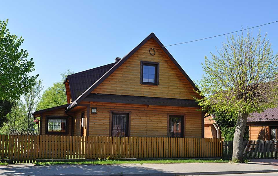 Ulica Waszkiewicza 108, współczesny widok domu, w którym rabin wynajmował pokój.