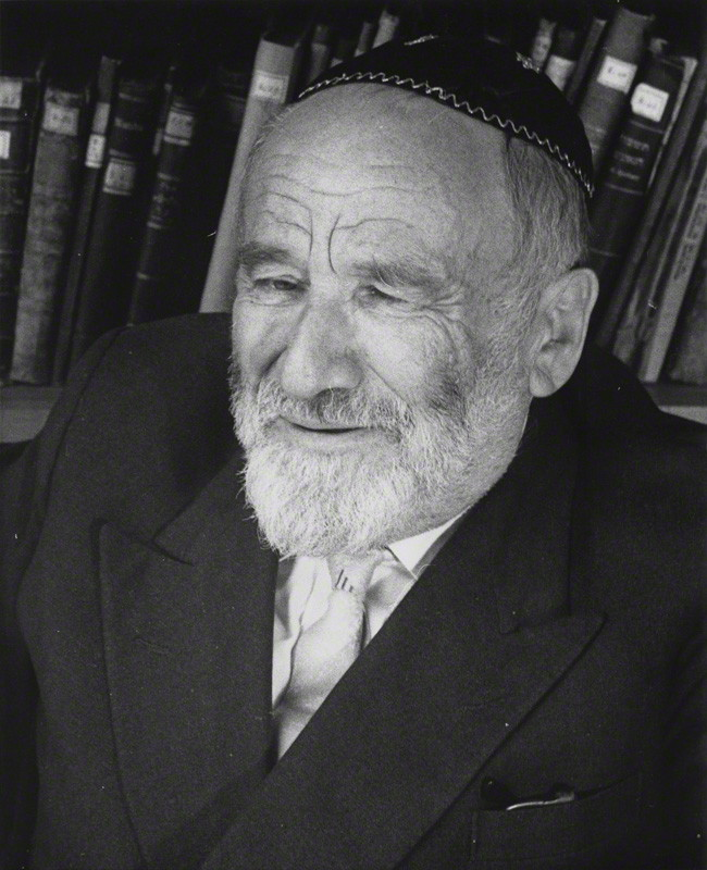 Rabbin Kopel Kahana_copyright Michael Wallach (in the collection of NPG London)