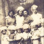 Rachela Barchat (druga dziewczynka z lewej), córka Matyldy Lerenkind z Białowieży, w przedszkolu Tarbut, Bielsk Podlaski 1937, zdjęcie Amira Bergera