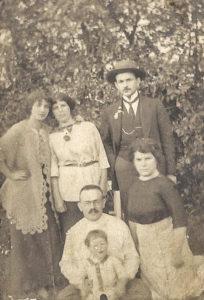 Rodzina Lazara Halperin. Zdjęcie ze zbiorów rodziny